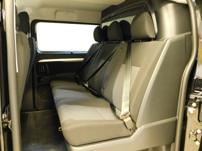 Photo 3 de l'offre de CITROEN Jumpy Fg M 2.0 BlueHDi 180ch S&S Cabine Approfondie Fixe Driver EAT8 à 36990€ chez Autovia Véhicules Multimarques