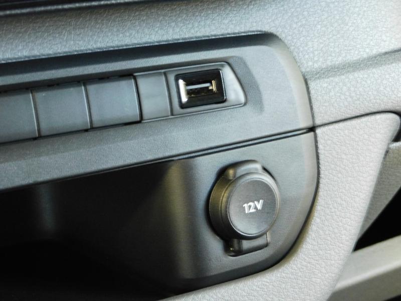 Photo 15 de l'offre de CITROEN Jumpy Fg M 2.0 BlueHDi 180ch S&S Cabine Approfondie Fixe Driver EAT8 à 36990€ chez Autovia Véhicules Multimarques
