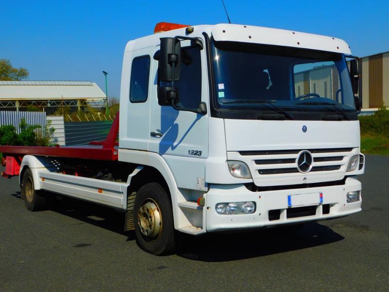 Photo 2 de l'offre de MERCEDES-BENZ Atego 1223 N 48 C à 19000€ chez Autovia Véhicules Multimarques