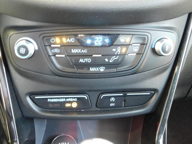 Photo 18 de l'offre de FORD B-MAX 1.0 SCTi 100ch EcoBoost Stop&Start Edition à 11290€ chez Autovia Véhicules Multimarques