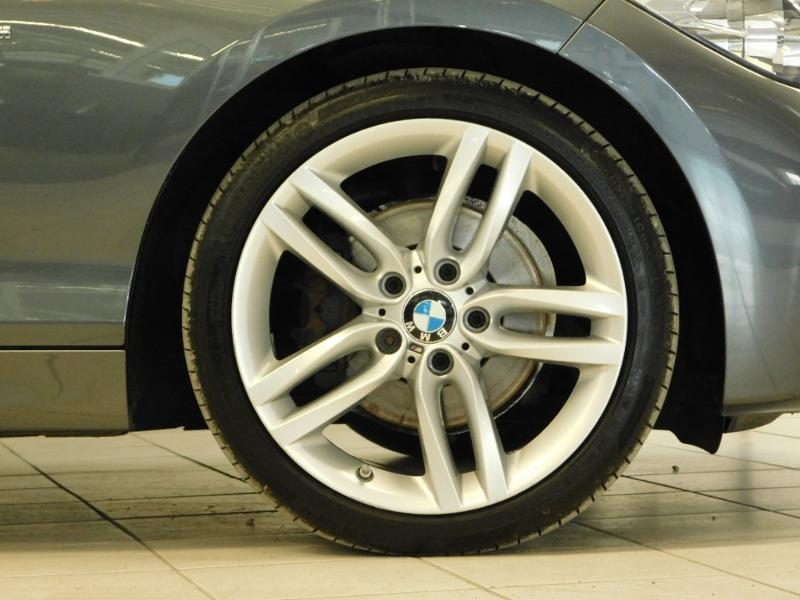 Photo 5 de l'offre de BMW Serie 1 118d xDrive 150ch MSport 3p à 19990€ chez Autovia Véhicules Multimarques