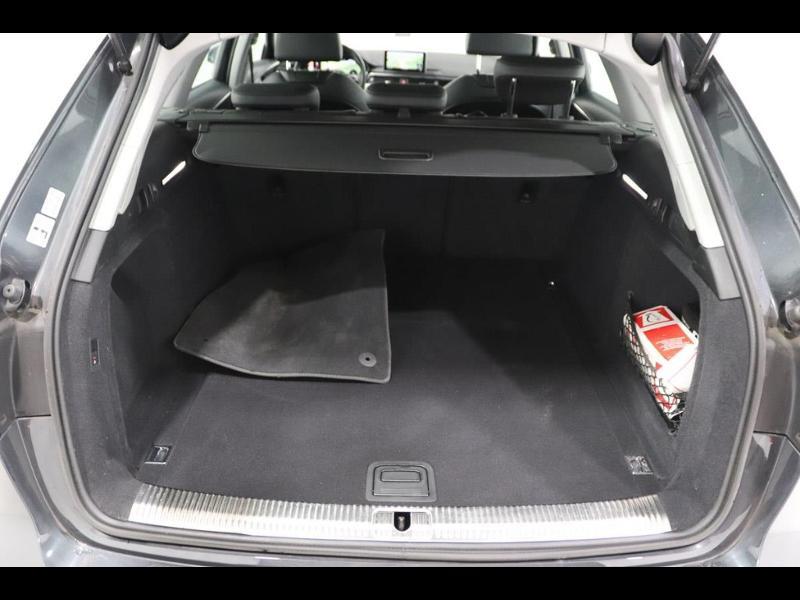 Photo 4 de l'offre de AUDI A4 Avant 2.0 TDI 150ch ultra S tronic 7 à 28690€ chez Autovia Véhicules Multimarques