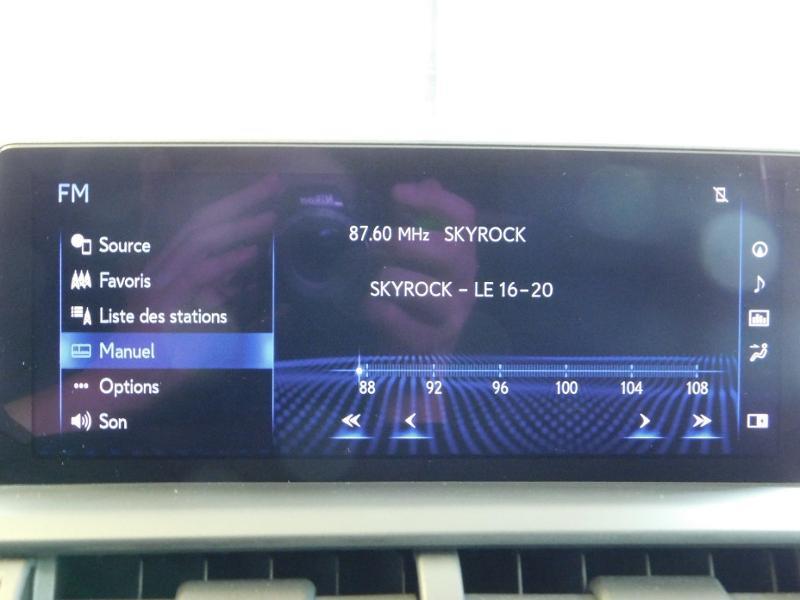Photo 24 de l'offre de LEXUS NX 300h 4WD Luxe Euro6d-T à 35990€ chez Autovia Véhicules Multimarques