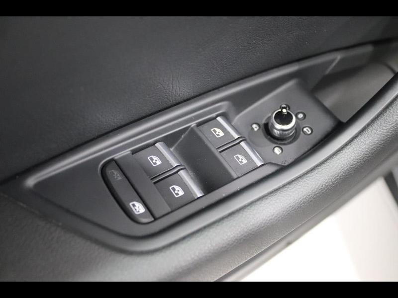 Photo 16 de l'offre de AUDI A4 Avant 2.0 TDI 150ch ultra S tronic 7 à 28690€ chez Autovia Véhicules Multimarques
