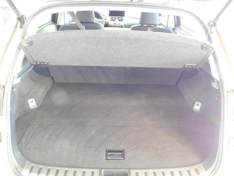 Photo 4 de l'offre de LEXUS NX 300h 4WD Luxe Euro6d-T à 35990€ chez Autovia Véhicules Multimarques