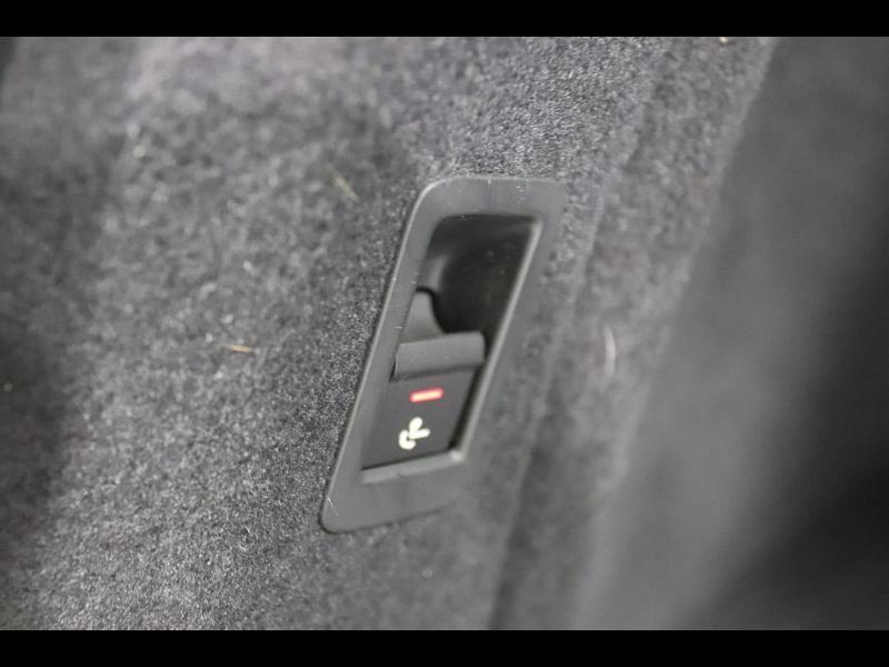 Photo 14 de l'offre de AUDI A4 Avant 2.0 TDI 150ch ultra S tronic 7 à 28690€ chez Autovia Véhicules Multimarques