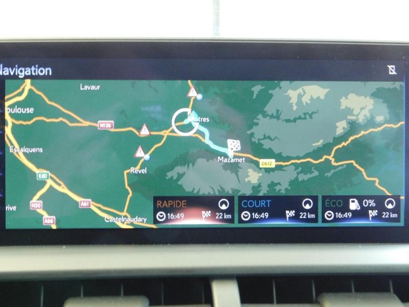 Photo 27 de l'offre de LEXUS NX 300h 4WD Luxe Euro6d-T à 35990€ chez Autovia Véhicules Multimarques