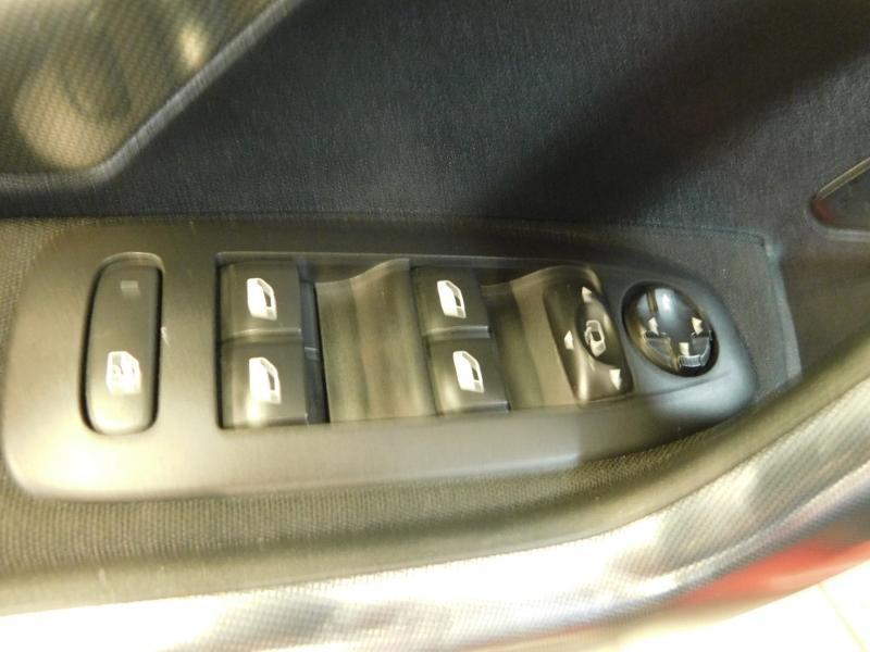 Photo 9 de l'offre de PEUGEOT 2008 1.2 PureTech 110ch E6.c Allure S&S EAT6 à 14990€ chez Autovia Véhicules Multimarques