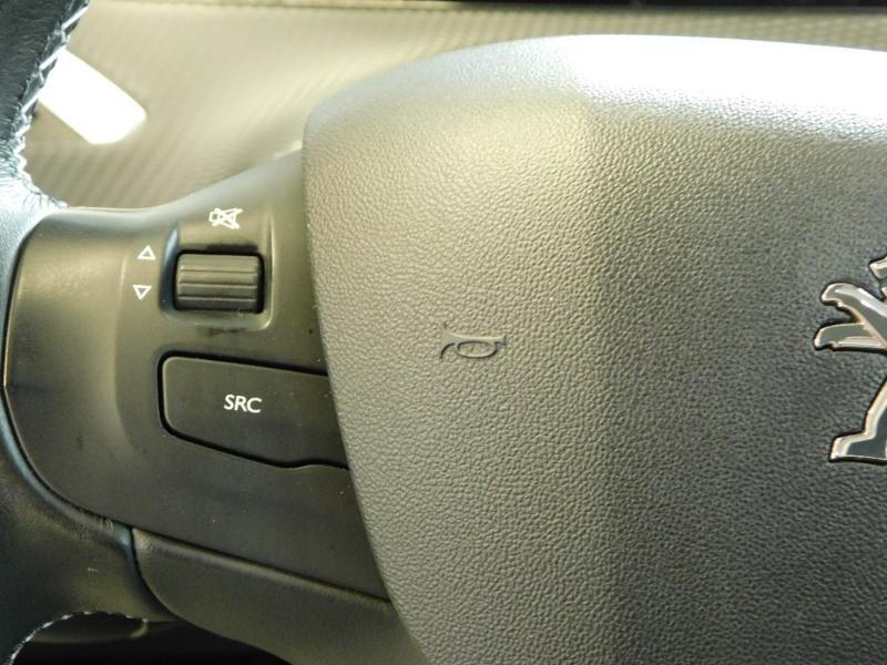 Photo 12 de l'offre de PEUGEOT 2008 1.2 PureTech 110ch E6.c Allure S&S EAT6 à 14990€ chez Autovia Véhicules Multimarques