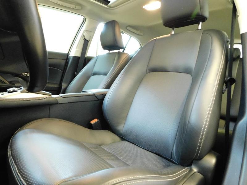 Photo 28 de l'offre de LEXUS CT 200h Luxe à 21990€ chez Autovia Véhicules Multimarques