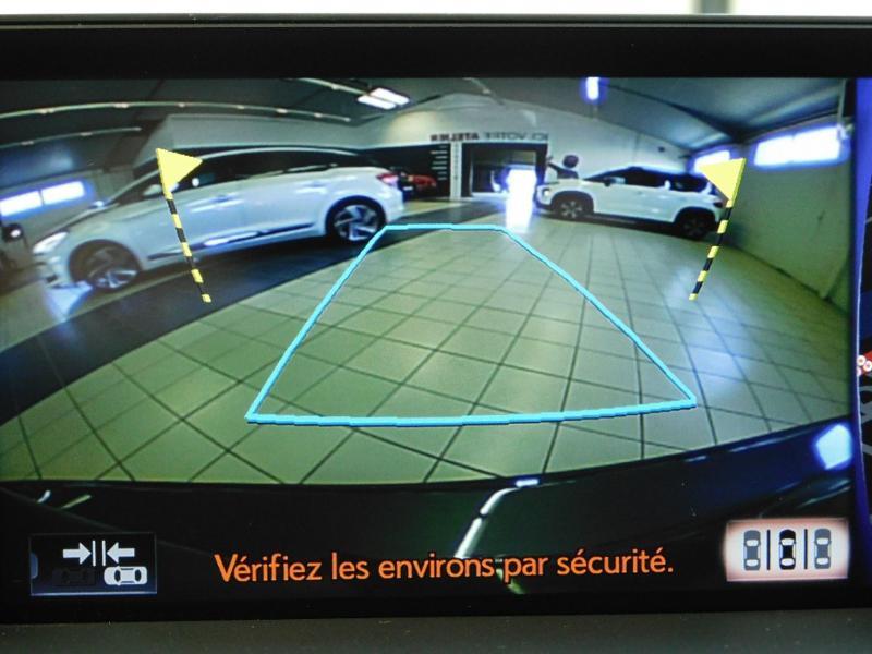 Photo 20 de l'offre de LEXUS CT 200h Luxe à 21990€ chez Autovia Véhicules Multimarques