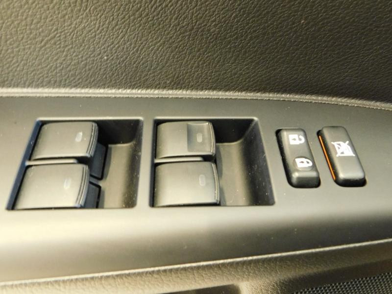 Photo 9 de l'offre de LEXUS CT 200h Luxe à 21990€ chez Autovia Véhicules Multimarques