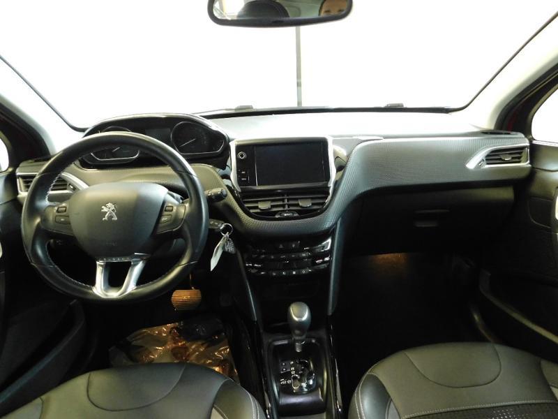 Photo 2 de l'offre de PEUGEOT 2008 1.2 PureTech 110ch E6.c Allure S&S EAT6 à 14990€ chez Autovia Véhicules Multimarques