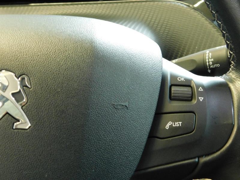 Photo 11 de l'offre de PEUGEOT 2008 1.2 PureTech 110ch E6.c Allure S&S EAT6 à 14990€ chez Autovia Véhicules Multimarques