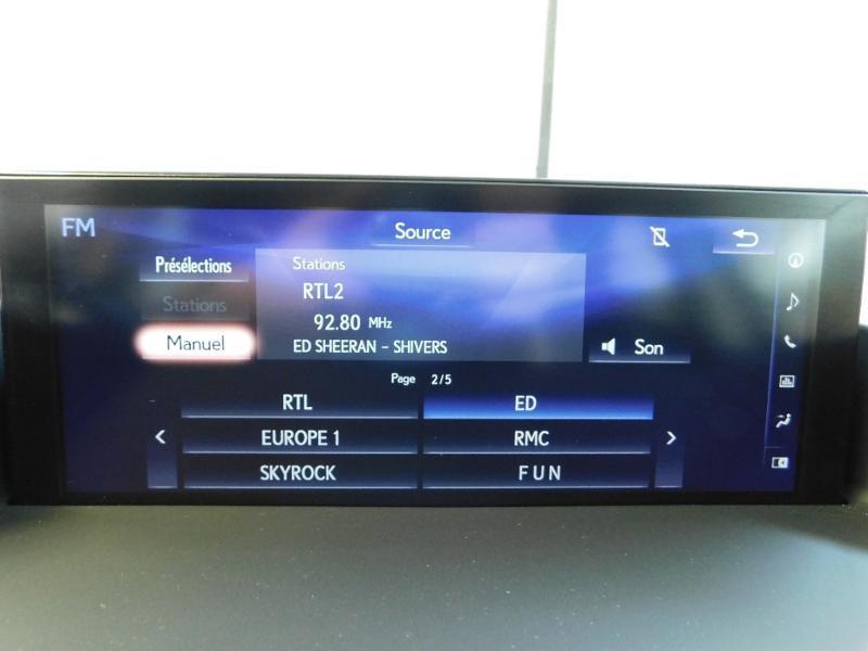 Photo 24 de l'offre de LEXUS CT 200h Luxe à 21990€ chez Autovia Véhicules Multimarques