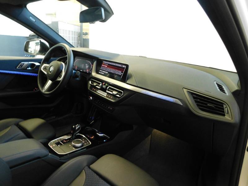 Photo 8 de l'offre de BMW Serie 1 118dA 150ch M Sport 5p Euro6c à 36990€ chez Autovia Véhicules Multimarques