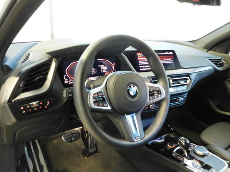 Photo 7 de l'offre de BMW Serie 1 118dA 150ch M Sport 5p Euro6c à 36990€ chez Autovia Véhicules Multimarques