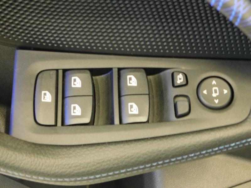 Photo 11 de l'offre de BMW Serie 1 118dA 150ch M Sport 5p Euro6c à 36990€ chez Autovia Véhicules Multimarques