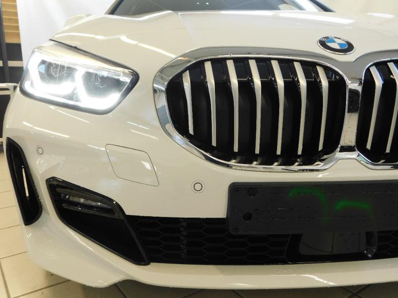 Photo 6 de l'offre de BMW Serie 1 118dA 150ch M Sport 5p Euro6c à 36990€ chez Autovia Véhicules Multimarques