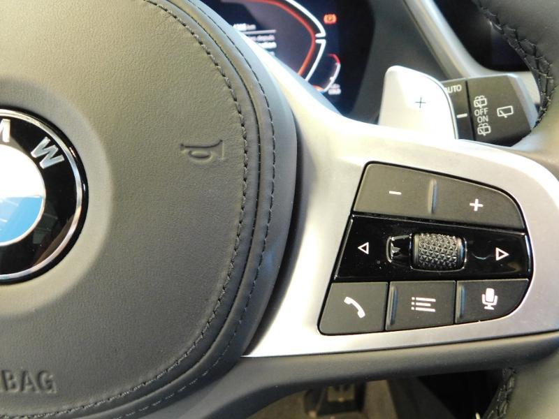 Photo 14 de l'offre de BMW Serie 1 118dA 150ch M Sport 5p Euro6c à 36990€ chez Autovia Véhicules Multimarques