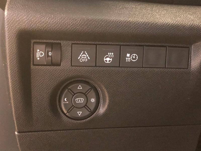 Photo 24 de l'offre de CITROEN C4 Moteur électrique 136ch (100 kW) Feel Pack Automatique à 27990€ chez Autovia Véhicules Multimarques