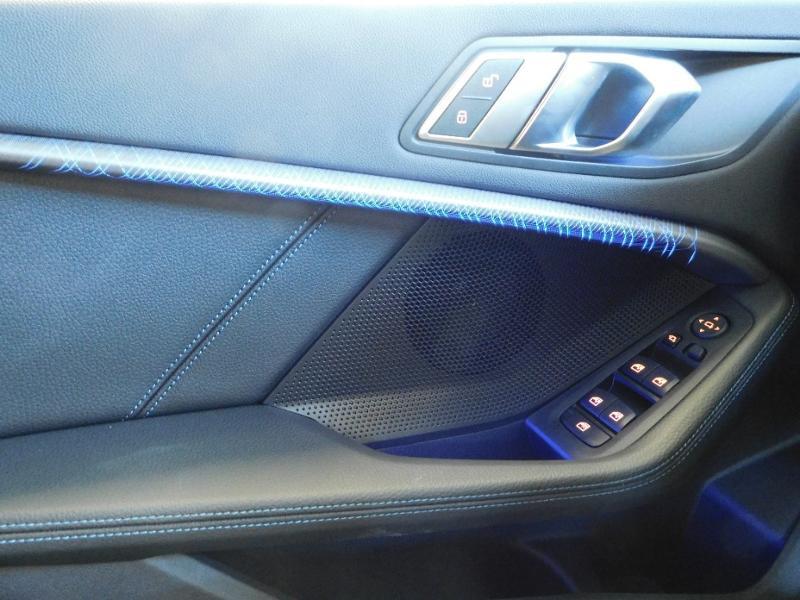 Photo 28 de l'offre de BMW Serie 1 118dA 150ch M Sport 5p Euro6c à 36990€ chez Autovia Véhicules Multimarques