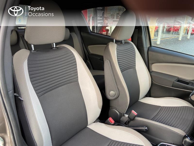 Photo 6 de l'offre de TOYOTA Yaris HSD 100h Collection 5p à 13990€ chez Rizzon Auto - Toyota St Brieuc