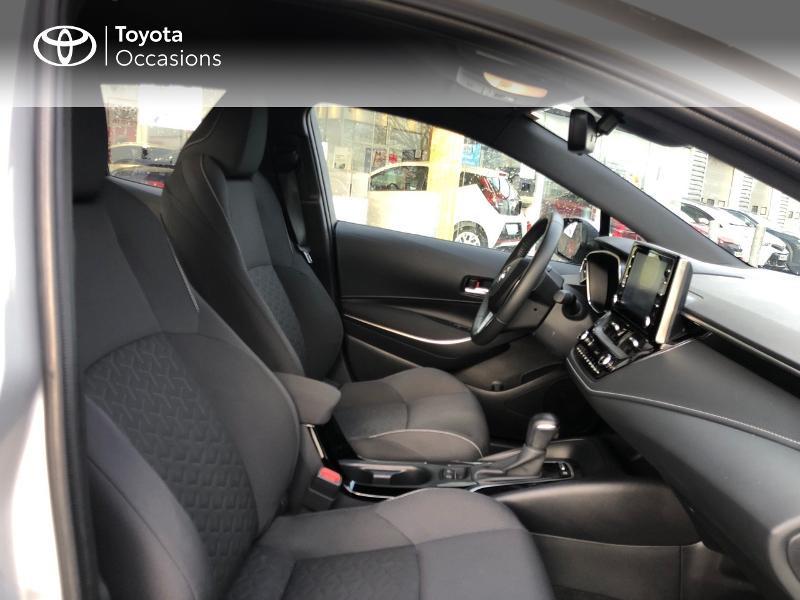 Photo 6 de l'offre de TOYOTA Corolla 122h Dynamic Business à 21990€ chez Rizzon Auto - Toyota St Brieuc