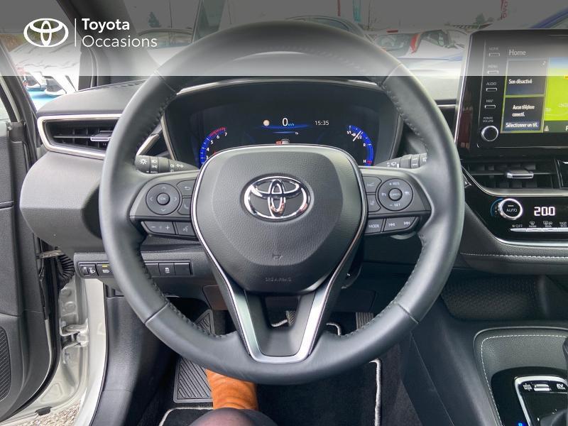 Photo 9 de l'offre de TOYOTA Corolla 122h Design MY20 à 23990€ chez Rizzon Auto - Toyota St Brieuc