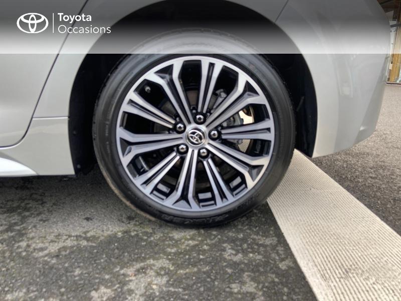 Photo 16 de l'offre de TOYOTA Corolla 122h Design MY20 à 23990€ chez Rizzon Auto - Toyota St Brieuc