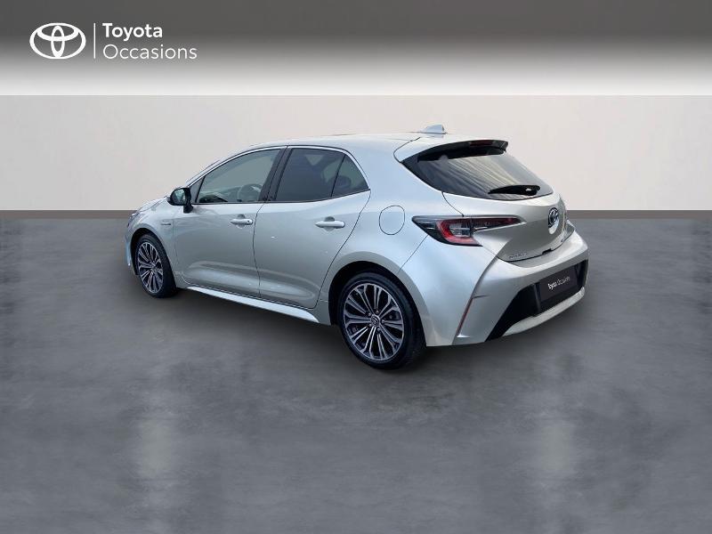 Photo 2 de l'offre de TOYOTA Corolla 122h Design MY20 à 23990€ chez Rizzon Auto - Toyota St Brieuc