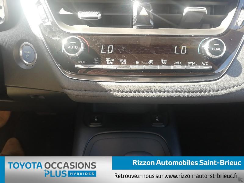 Photo 11 de l'offre de TOYOTA Corolla Touring Spt 122h GR Sport MY20 à 27990€ chez Rizzon Auto - Toyota St Brieuc