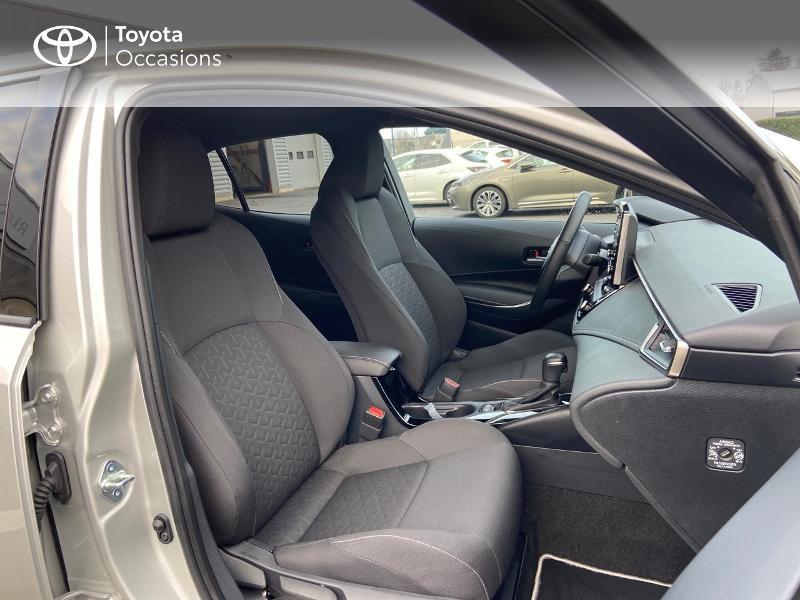 Photo 6 de l'offre de TOYOTA Corolla 122h Design MY20 à 23990€ chez Rizzon Auto - Toyota St Brieuc
