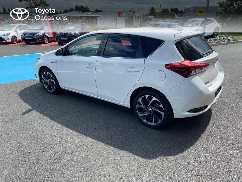 Photo 19 de l'offre de TOYOTA Auris HSD 136h Design à 16890€ chez Rizzon Auto - Toyota St Brieuc