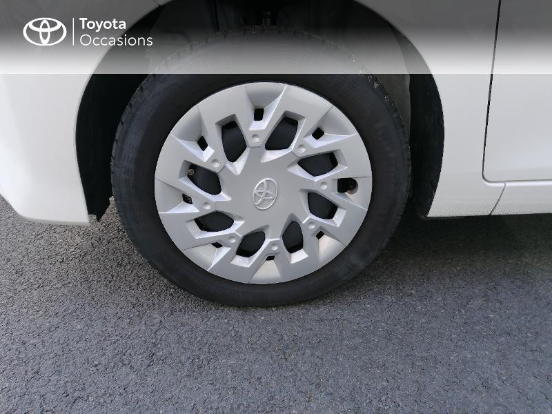 Photo 4 de l'offre de TOYOTA Aygo 1.0 VVT-i 72ch x-play 5p MY20 à 9890€ chez Rizzon Auto - Toyota St Brieuc