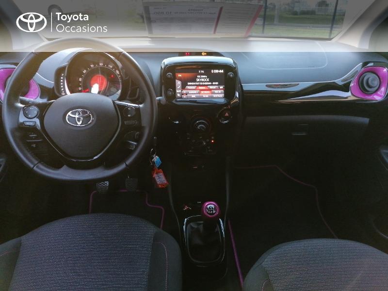 Photo 8 de l'offre de TOYOTA Aygo 1.0 VVT-i 72ch x-cite 5p à 9890€ chez Rizzon Auto - Toyota St Brieuc