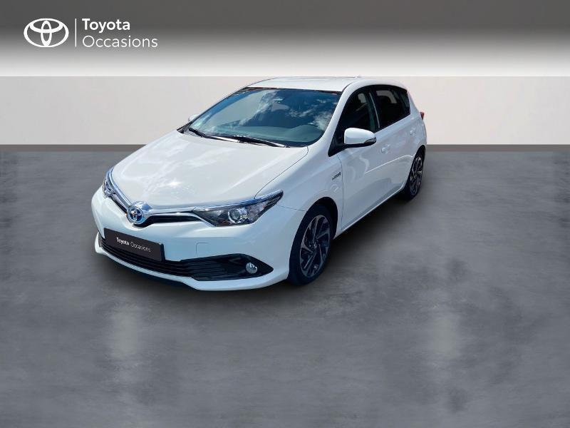 Photo 1 de l'offre de TOYOTA Auris HSD 136h Design à 16890€ chez Rizzon Auto - Toyota St Brieuc