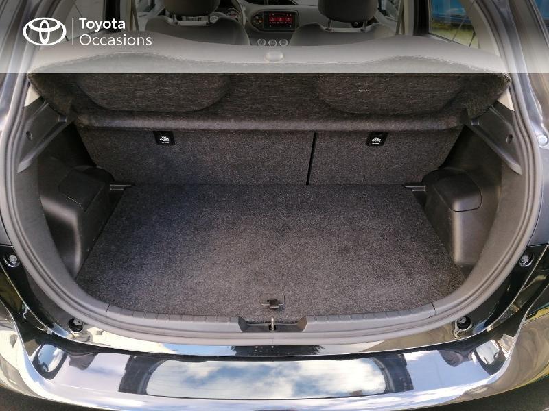 Photo 10 de l'offre de TOYOTA Yaris 70 VVT-i France Connect 5p RC19 à 11500€ chez Rizzon Auto - Toyota St Brieuc