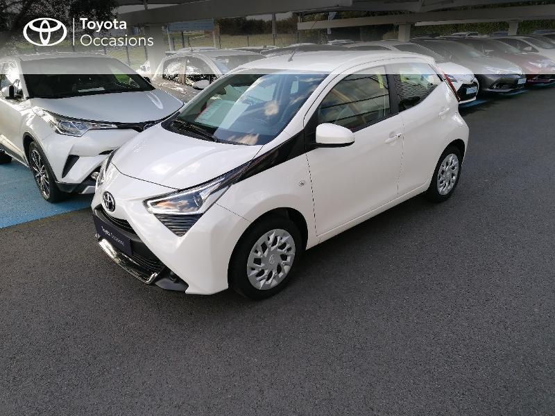 Photo 16 de l'offre de TOYOTA Aygo 1.0 VVT-i 72ch x-play 5p MY20 à 9890€ chez Rizzon Auto - Toyota St Brieuc