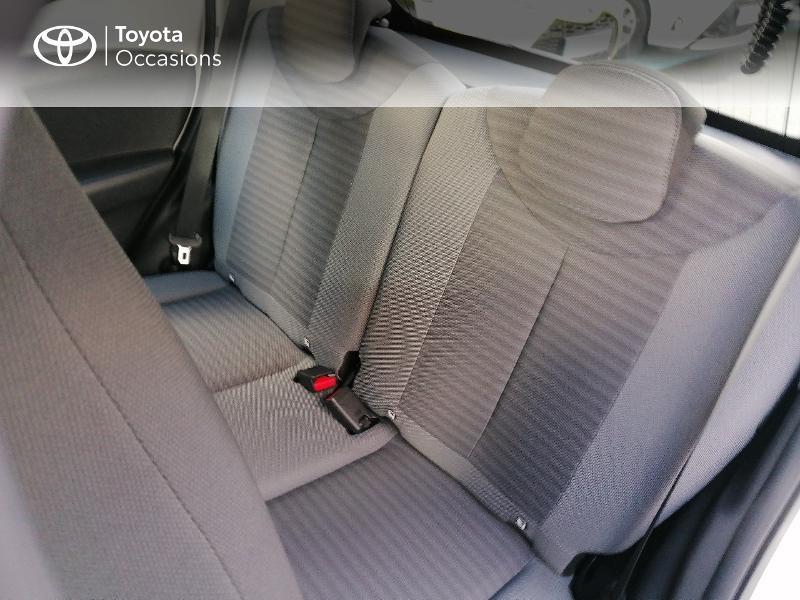 Photo 14 de l'offre de TOYOTA Aygo 1.0 VVT-i 72ch x-play 5p MY20 à 9890€ chez Rizzon Auto - Toyota St Brieuc