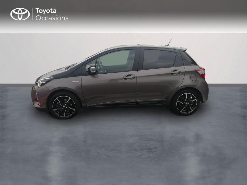 Photo 3 de l'offre de TOYOTA Yaris 100h Collection 5p à 13990€ chez Rizzon Auto - Toyota St Brieuc