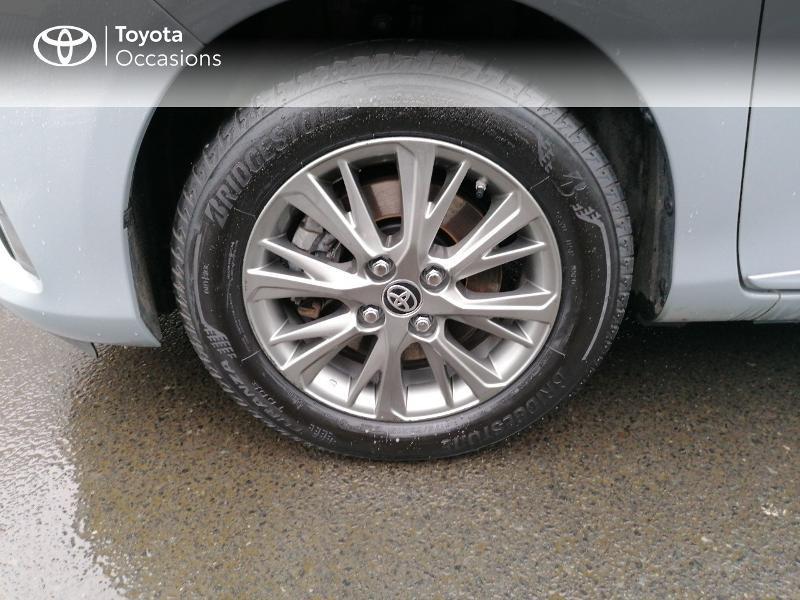 Photo 16 de l'offre de TOYOTA Yaris 100h Dynamic 5p MY19 à 13990€ chez Rizzon Auto - Toyota St Brieuc