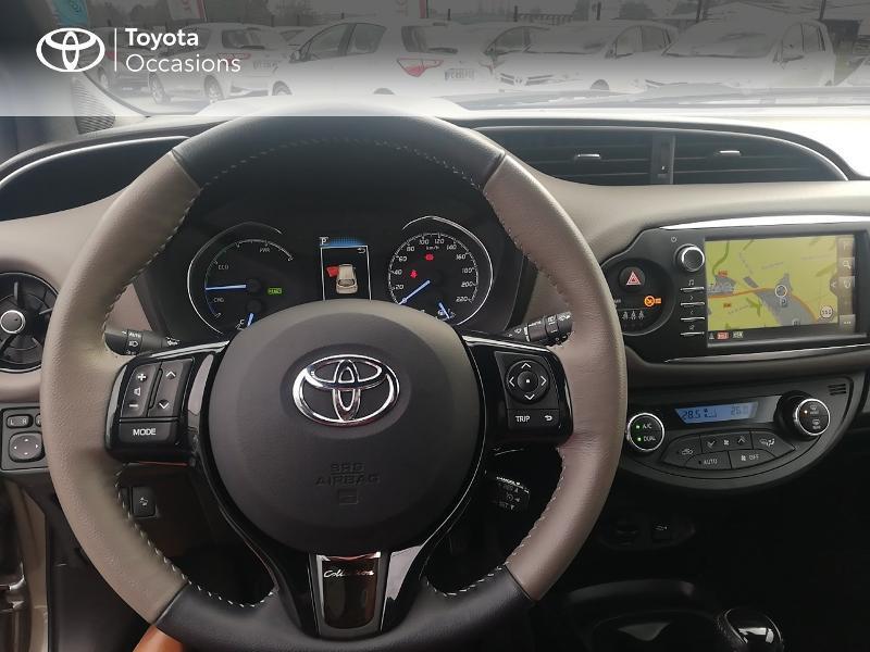 Photo 9 de l'offre de TOYOTA Yaris 100h Collection 5p à 13990€ chez Rizzon Auto - Toyota St Brieuc