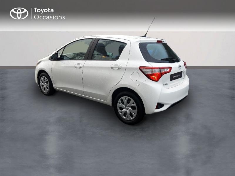 Photo 2 de l'offre de TOYOTA Yaris 110 VVT-i Ultimate 5p à 13890€ chez Rizzon Auto - Toyota St Brieuc
