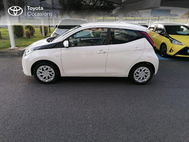 Photo 18 de l'offre de TOYOTA Aygo 1.0 VVT-i 72ch x-play 5p MY20 à 9890€ chez Rizzon Auto - Toyota St Brieuc