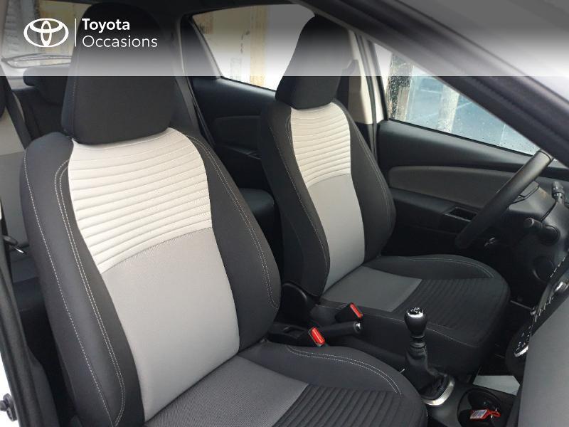 Photo 6 de l'offre de TOYOTA Yaris 110 VVT-i Ultimate 5p à 13890€ chez Rizzon Auto - Toyota St Brieuc