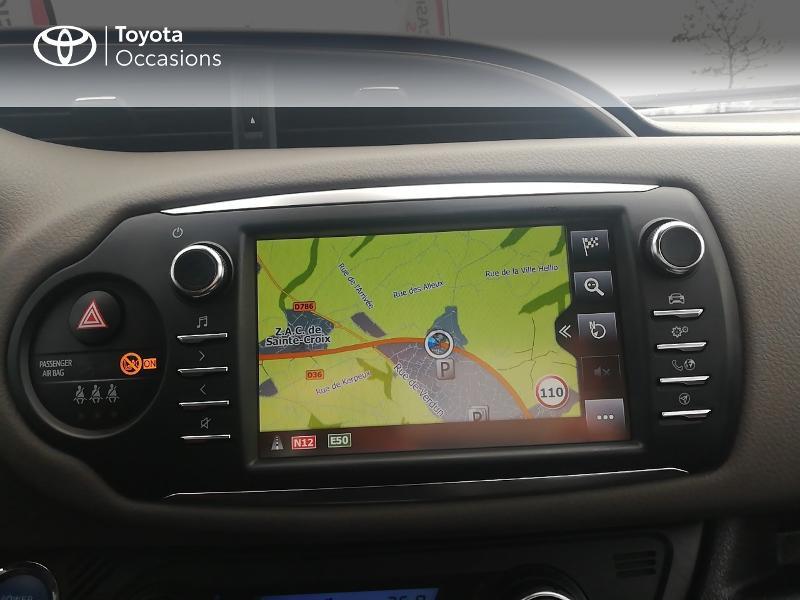 Photo 15 de l'offre de TOYOTA Yaris 100h Collection 5p à 13990€ chez Rizzon Auto - Toyota St Brieuc