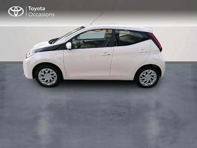 Photo 3 de l'offre de TOYOTA Aygo 1.0 VVT-i 72ch x-play 5p MY20 à 9890€ chez Rizzon Auto - Toyota St Brieuc