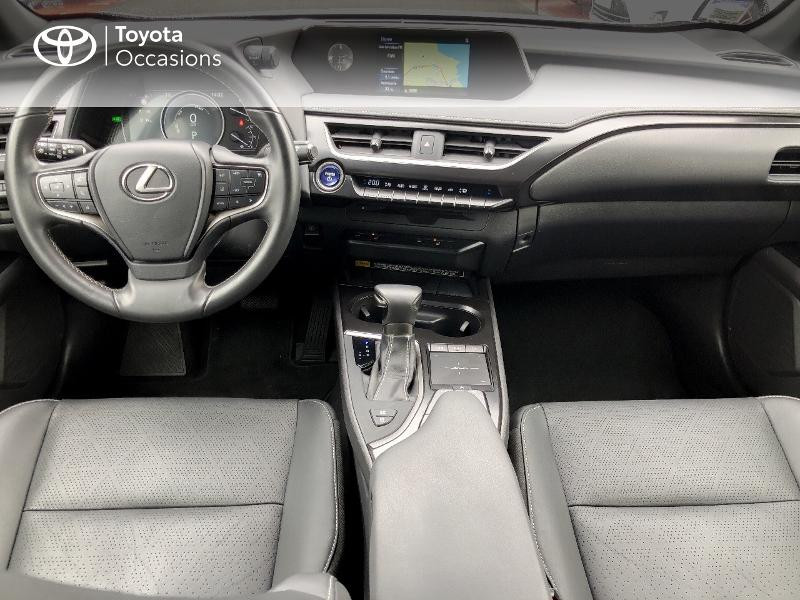 Photo 5 de l'offre de LEXUS UX 250h 4WD Luxe à 32190€ chez Rizzon Auto - Toyota St Brieuc