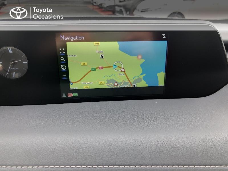 Photo 7 de l'offre de LEXUS UX 250h 4WD Luxe à 32190€ chez Rizzon Auto - Toyota St Brieuc